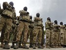 Noví rekruti batalionu Azov při vstupu do služby (23. června)