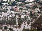 Zaplavené město Chinchilla v australském státě Queensland na leteckém snímku...