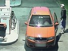 Zatím neznámý zloděj benzinu při tankování na pumpě v Ostravě-Hrabové. (23....