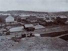 Ferdinadská kolonie v Michálkovicích při pohledu od Dolu Michal v roce 1905....