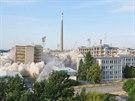 Řízená demolice výrobních hal OP Prostějov (28. června 2014)