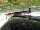 Strhující kousky předvedl s letounem Extra 300 SR mistr letecké akrobacie Martin Šonka. Se strojem závodí v prestižní sérii Red Bull Air Race.