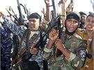 V iráckém Kanánu se shromáždily stovky šíitských dobrovolníků, kteříse rozhodli