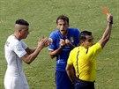 ČERVENÁ, A VEN! Italský fotbalový reprezentant Claudio Marchisio dostal od...