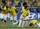 Brazil�t� fotbalist� se raduj� z postupu do �tvrtfin�le mistrovstv� sv�ta.
