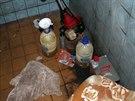 Při domovních prohlídkách policisté objevili další čtyři laboratoře na výrobu...