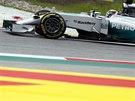 Lewis Hamilton z Mercedesu během kvalifikace na Velkou cenu Rakouska