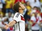 VIDĚL JSI TO? Německý záložník Mario Götze oslavuje svůj gól proti Ghaně.