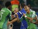 VEDEME! Nigerijský útočník Peter Odemwingie (vpravo) se raduje z gólu proti