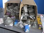 Věci, které policie zabavila v bazaru na Novojičínsku.