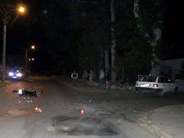 Celkov� pohled na m�sto nehody v Ch��ovsk� ulici v Krnov�.