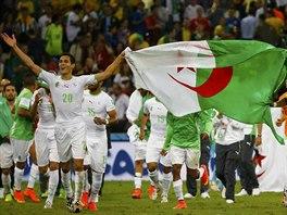 Alžírská radost po remíze s Ruskem, která africkému týmu zajistila postup do...