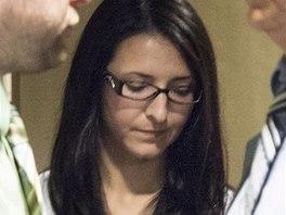 Emma Czornobajová kvůli káčatům zastavila v rychlém pruhu kanadské dálnice. Zemřeli dva lidé.