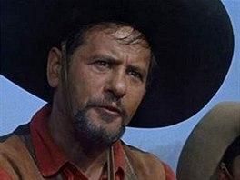Eli Wallach jako Calvera ve filmu Sedm statečných
