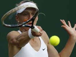 Česká tenistka Tereza Smitková v osmifinále Wimbledonu nestačila na Šafářovou.