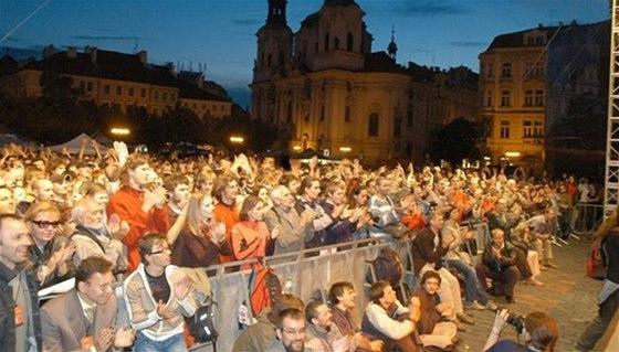 Koncerty na historických náměstích si návštěvníci mohou užít zcela zdarma