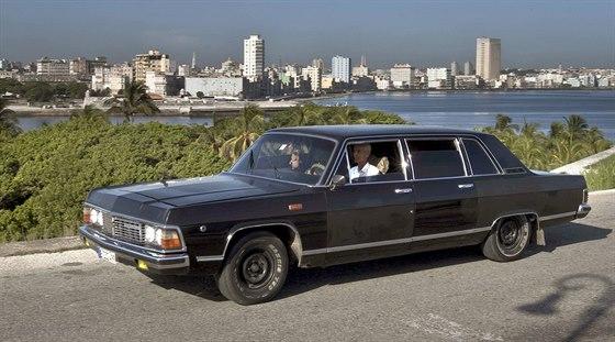 Limuzíny po bývalém prezidentovi Fidelu Castrovi teď slouží v Havaně jako...