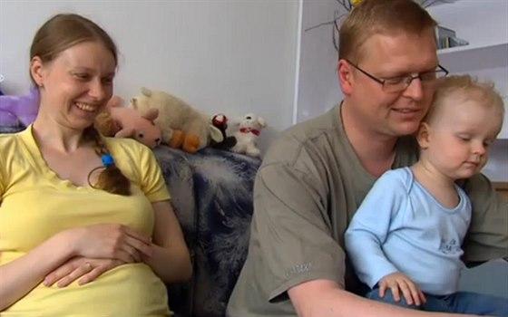 Pavel Bělobrádek s manželkou Janou a synem Josefem v pořadu 13. komnata