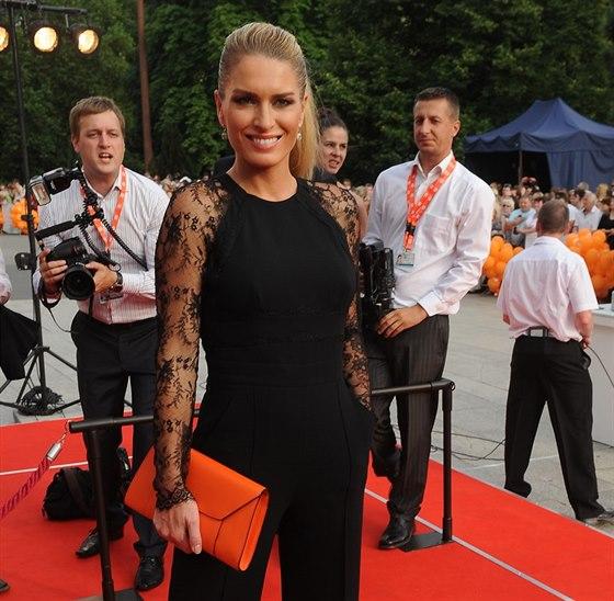 Olga Menzelov�