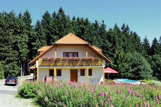 Bazén patří k plusům, které většinou zvýší atraktivitu nabízené nemovitosti.