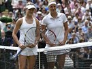 FINALISTKY. Takhle zap�zovaly Eugenie Bouchardov� z Kanady a �esk� tenistka...