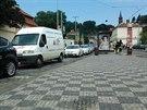 Kvůli uzavřené Valdštejnské ulici projíždějí řidiči oblast Klárova, Mánesova...