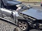 Řidič se třemi promile po nárazu do nákladního auta na Pražském okruhu vysklil...