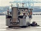 Speciální americká loď Cape Ray opouští španělský přístav Rota
