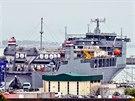 Speciální americká loď Cape Ray ve španělském přístavu Rota