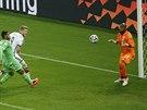 Německý záložník Andre Schürrle (druhý zleva) střílí  gól v osmifinále...