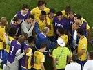 Trenér brazilských fotbalistů Luiz Felipe Scolari si po semifinálovém debaklu...