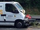 DRUH� NEHODA. Po p�evr�cen�m kamionu zkomplikovala pond�ln� provoz na silnici...