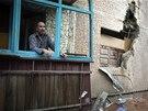 Následky ostřelování ve Slavjansku na východě Ukrajiny. (4. července 2014)