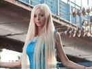 �iv� Barbie Alina Kovalevskaya studuje psychologii a hled� Kena.