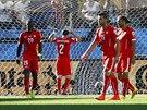 Zklamaní švýcarští fotbalisté po inkasovaném gólu v osmifinále mistrovství světa