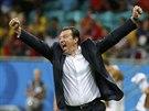 Belgický trenér Marc Wilmots se raduje z postupu do čtvrtfinále mistrovství...