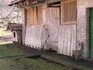 Původní vzhled dřevníku z roku 2006.
