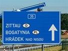 �editelstv� silnic a d�lnic otev�elo 1. �ervence 7,6 km dlouh� �sek silnice...