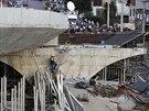 Rozsetav�n� nadjezd v Belo Horizonte nevydr�el a zabil n�kolik osob.