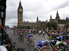 T�et� etapa Tour de France zavedla cyklisty i k britsk�mu parlamentu.