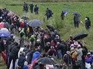 �pal�r fanou�k� na ob�van�ch �sec�ch p�t� etapy Tour de France.
