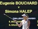 BUĎTE POTICHU, PROSÍM. Eugenie Bouchardová si stěžuje na rozruch v publiku,...