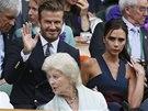 Na finále Wimbledonu dorazil ze známých hostů také fotbalista David Beckham s