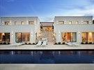 Autorem vily je pa��sk� architekt Fabrice Bejjani.