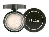 Trio lehkých pudrů pro fixaci make-upu a projasnění pleti, Stila, 4,5 g za cca...