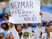 NEYMARE, JSME S TEBOU Argentinští fanoušci během čtvrtfinálového utkání MS...