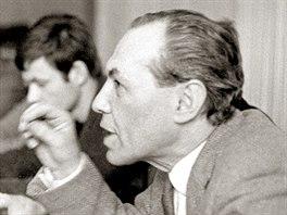 Předseda Svazu československých spisovatelů Eduard Goldstücker na snímku z roku...