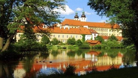 Hlavní koncerty se konají v prostorách krásného renesančního zámku