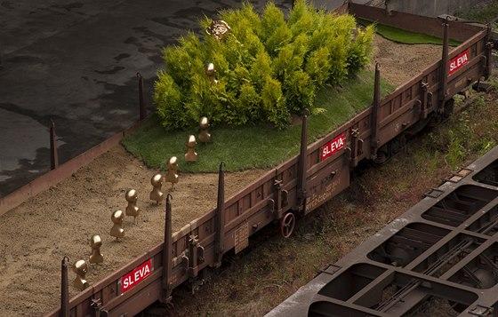 Staré vagóny využili autoři festivalu jako základ svých prací.