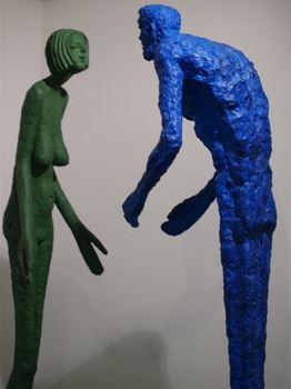 Sochař Olbram Zoubek vystavuje v Karlových Varech